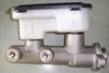 Brake master cylinder, brake wheel cylinder